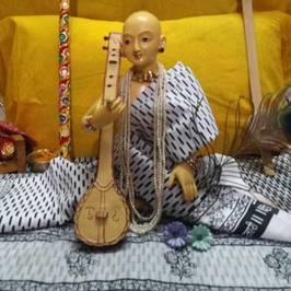Swami Haridas Radheshnandan Ju की पूरी प्रोफाइल देखें