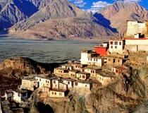 तिब्बती बौद्ध मठ में
