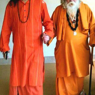Ganesha Giri Maharaj and Mohanji