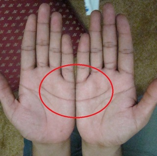 Heart Line on both palm forms a half-moon shape? Here's what it means!
