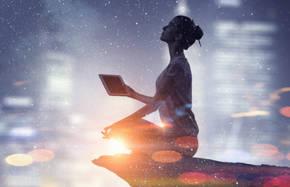 ध्यान के जरिए ब्रह्मांडीय ऊर्जा को महसूस किया जा सकता है
