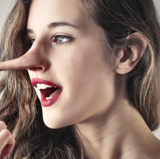 Unbelievably Helpful Tips on How to Tell if Someone is Lying