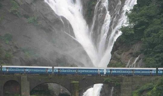 Dudhsagar Waterfall – Goa's prestigious falls