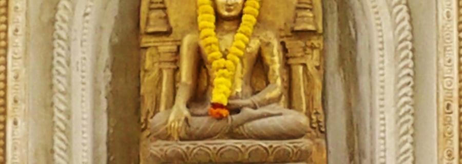 Idol outside the Temple at Mahabuddhi