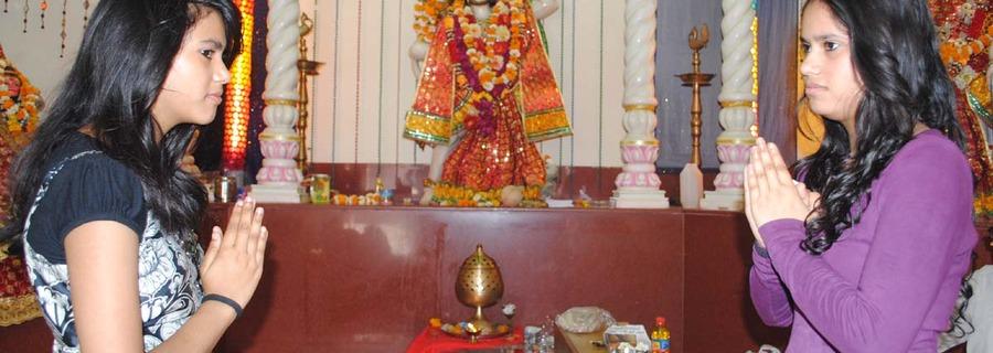 Unmarried Women Should Touch Hanuman