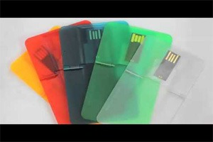 Credit Card sized Pen drive: Slim battery backup