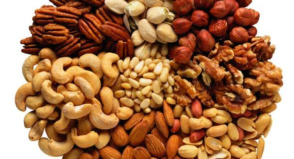 nuts makes healthy snacks during pregnancy