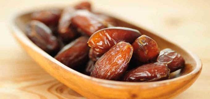 खजूर खाने के फायदे