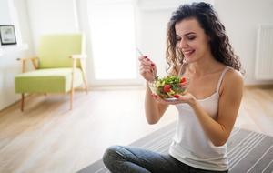 Guilty of overeating? Sitting on the floor for your meals can help